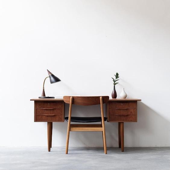 1-danish-desk-teal.jpeg
