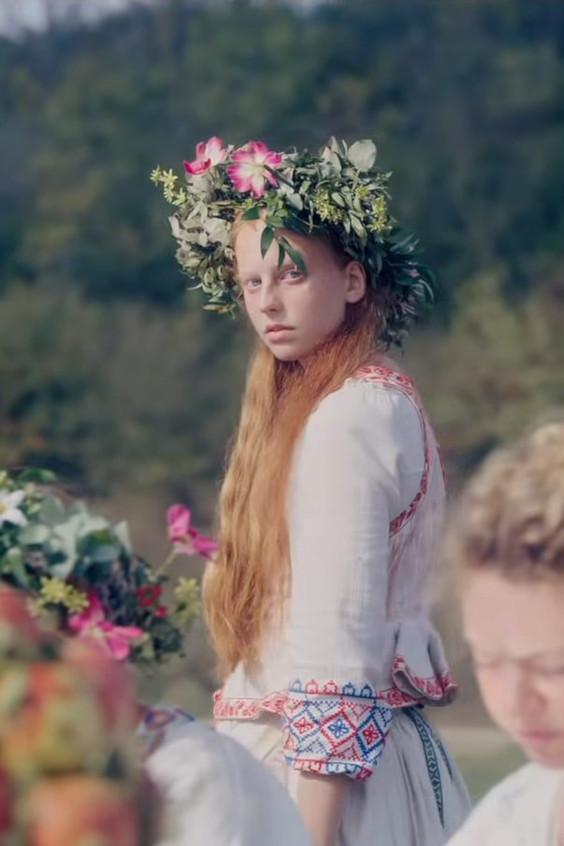 midsommar-crown-girl.jpeg