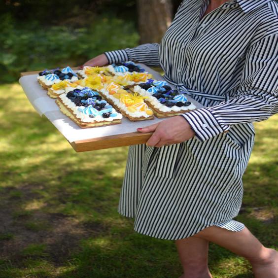 sweden-national-day-cake.jpeg