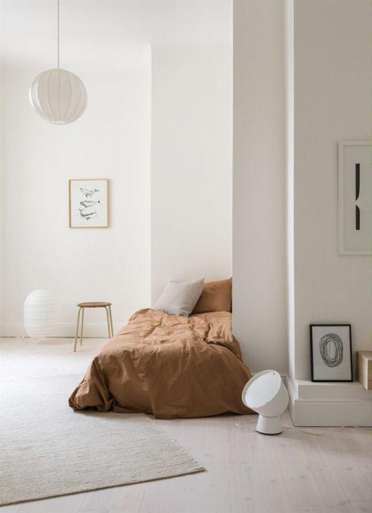 Cosy minimalism. Image of cosy minimalism bedroom.jpg