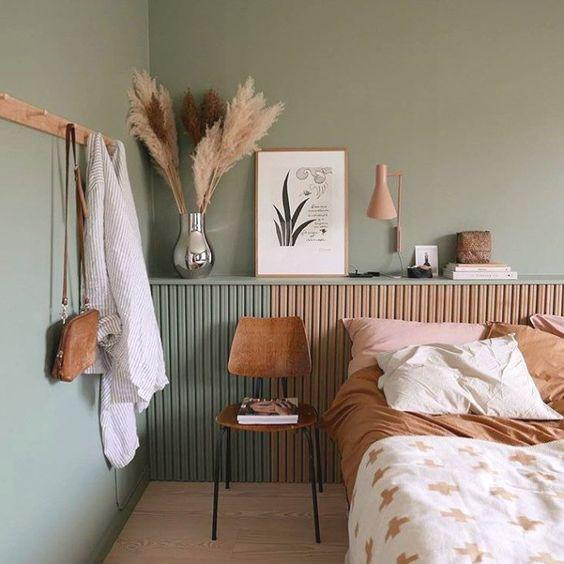 Cosy minimalism. Image of cosy minimalism bedroom setting.jpg