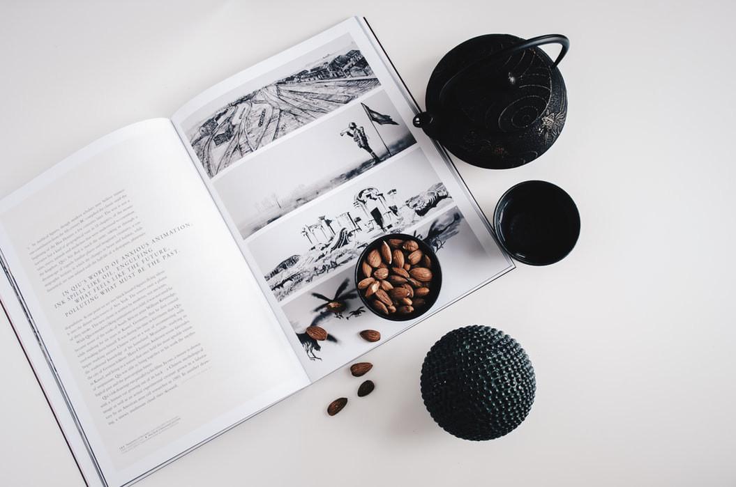 Minimalist lifestyle article. Image of minimalist books.jpeg