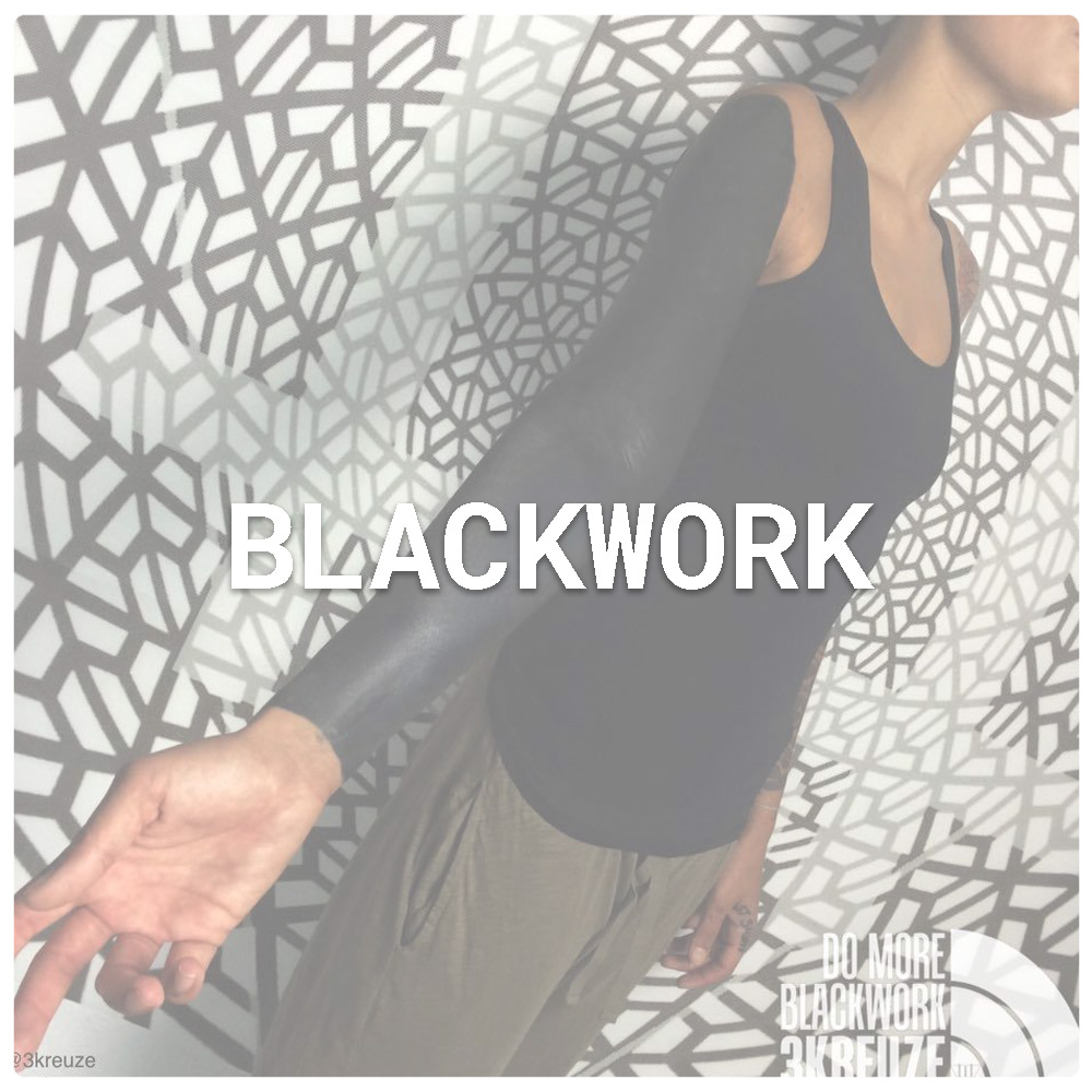 blackwork-tattoo.jpg