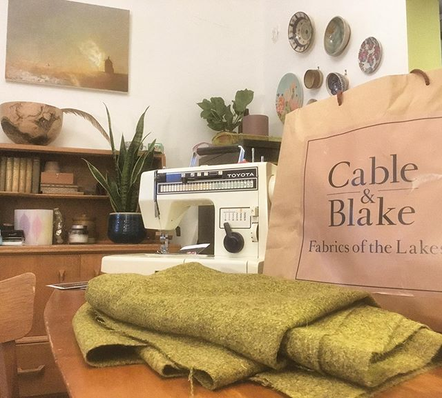 Big thanks to @cableandblake for providing the herdwick wool fabric for the Gibran seat. They stock a lovely range of colours inspired by the Lakeland fells. Even bigger thanks goes to my wife for sewing the cushion until 3am after a 12 hour on call shift 😅😬😘 __________ #herdwicksheep #upholstery #lakedistrict #furnituremaking #handmade