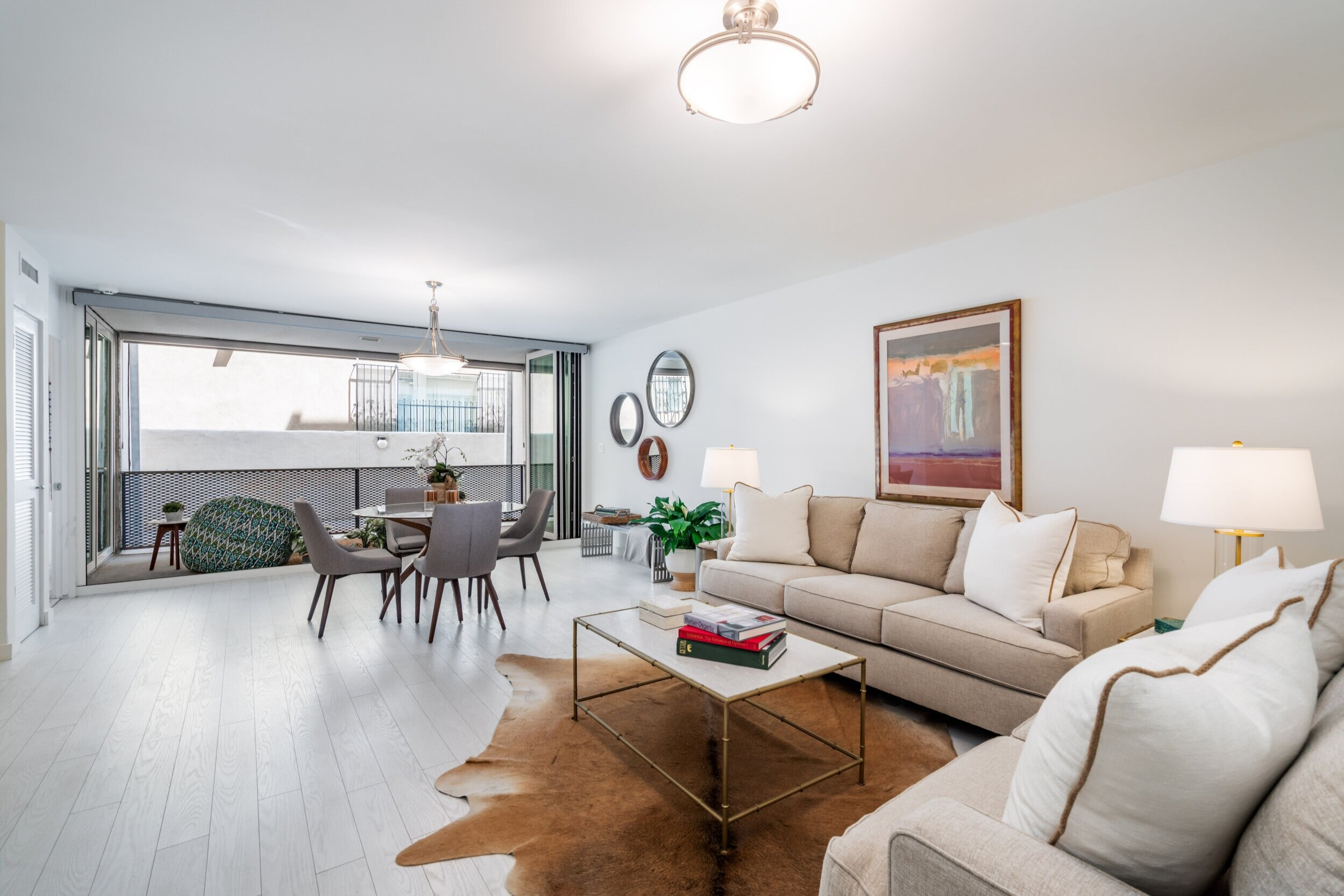 131 N. Gale Drive #1E - Beverly Hills, CA 90211$680,000   Beds: 1   Baths: 1   SqFt: 908