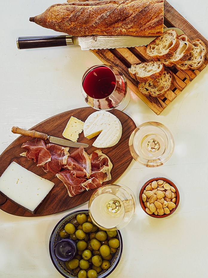 Vincurian Wine and Charcuterie