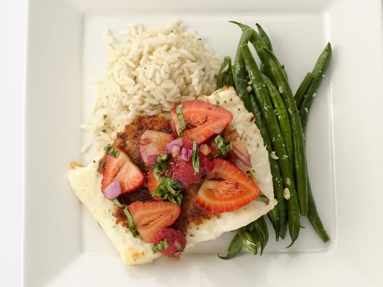 Halibut with Strawberry Balsamic Glaze