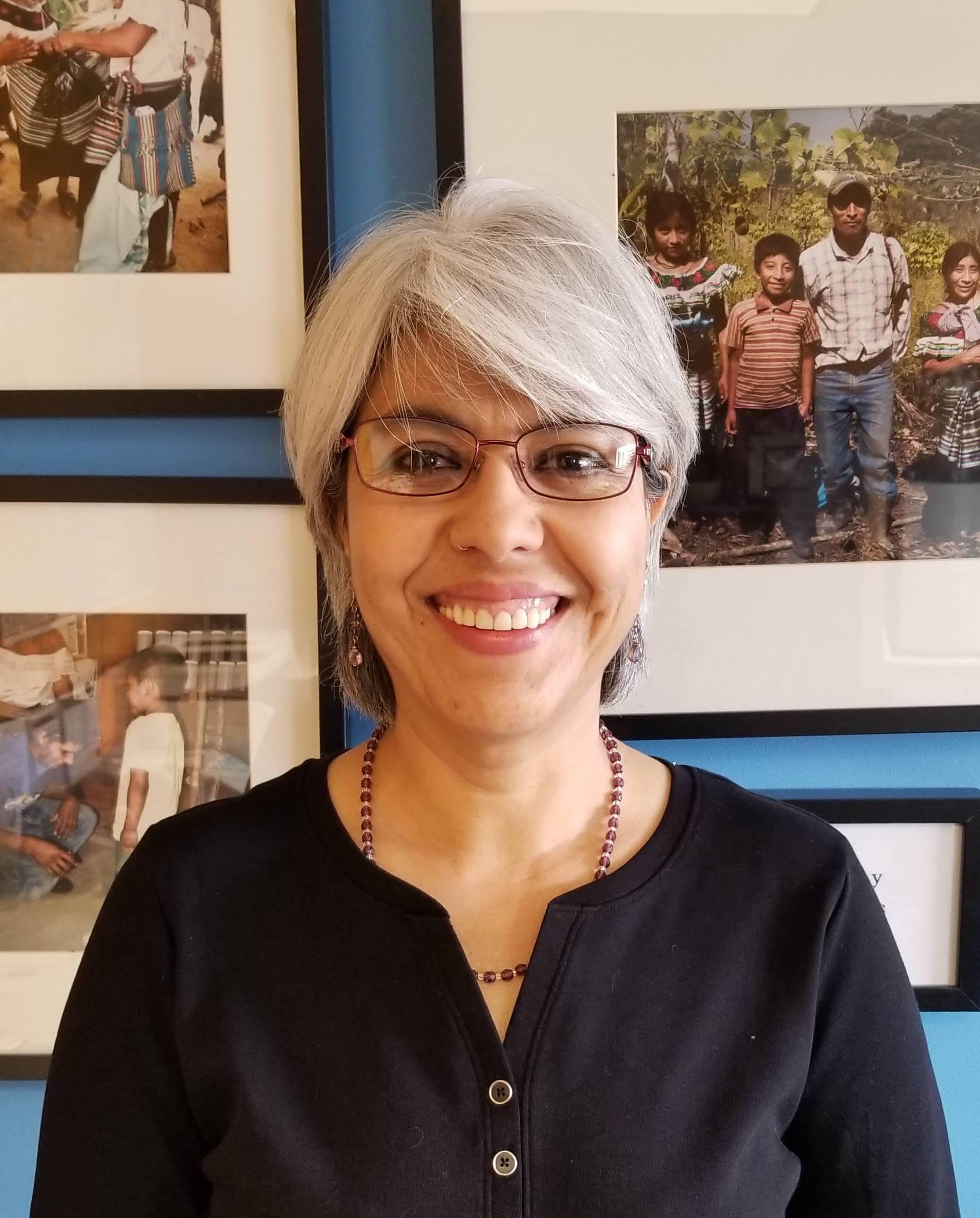Karin Columba, Director Ejecutiva