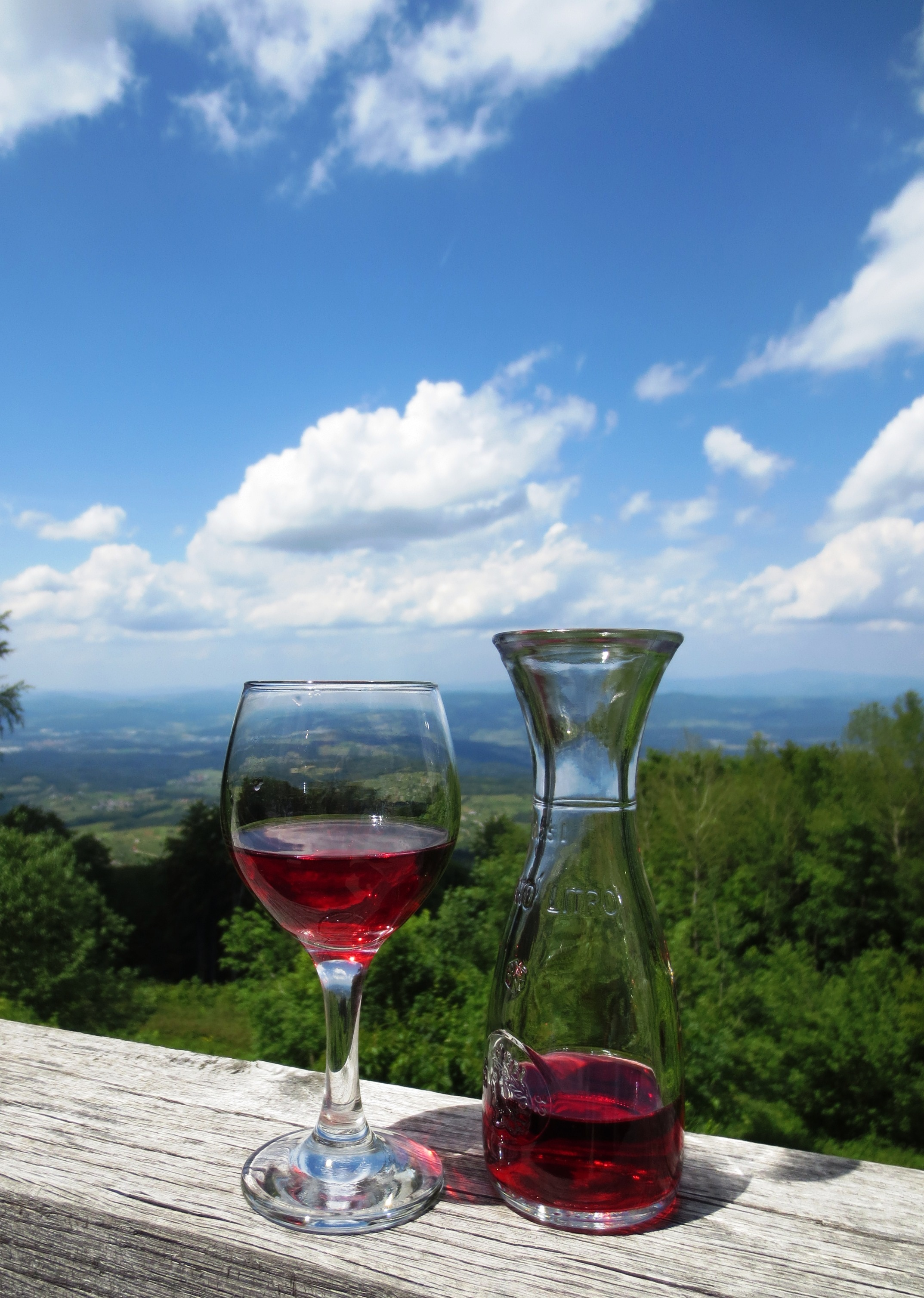 wine-572233.jpg