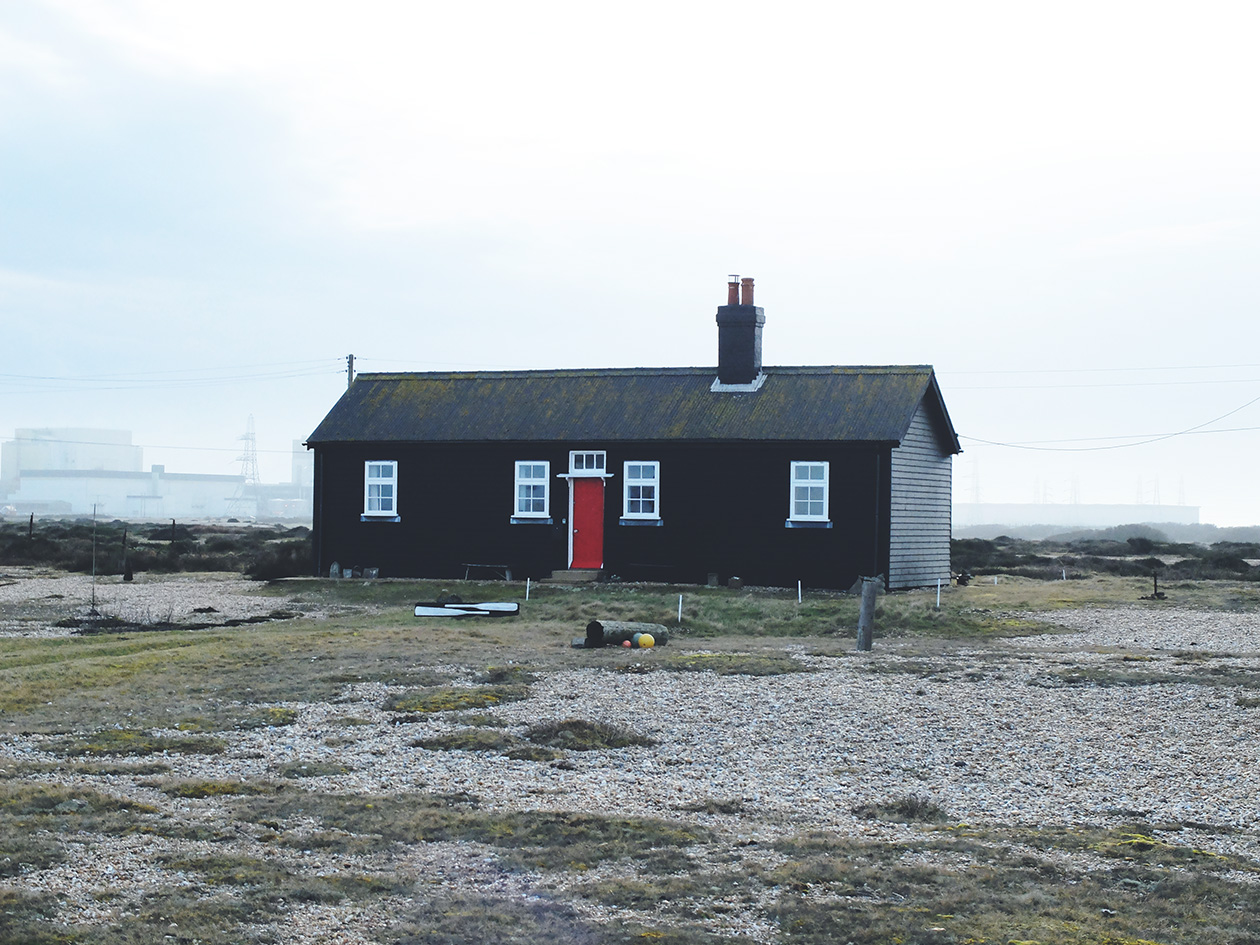 dungeness - Influenced by family trips to Dungeness, we decided to develop a kit inpisred by the fishing huts and houses situated in the sparce desert that is Dungeness. We fell in love with Derek Jarman's house and his shingle garden full of rustic epherema.