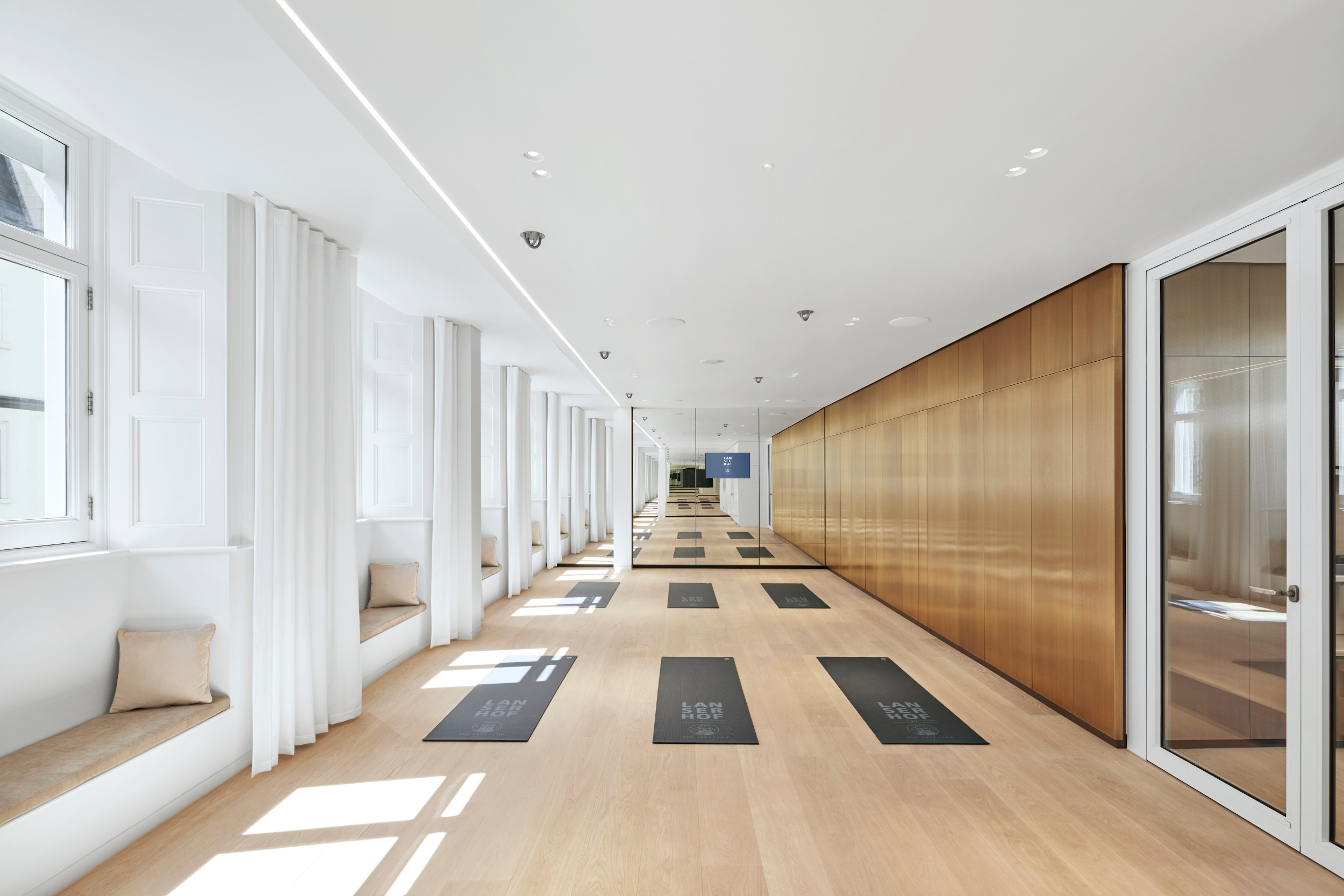 lanserhof_at_the_arts_club_gym_yoga.jpg