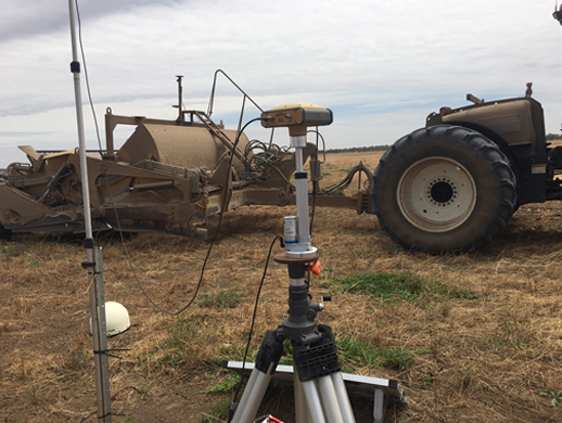 TOOMEY ECS with Topcon GPS at Griffith, NSW.