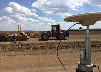 Ben Renfrey trialing the first release ECS in the Ord River Irrigation Area, Kununurra, WA, Australia.