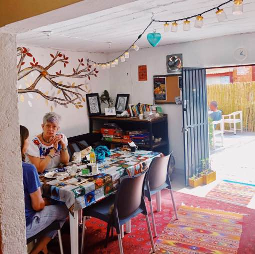 Cafe Arab'Ella - Adorable locals spot with inside and outside seating, delicious food.