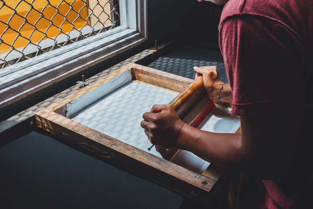 Screen Printing - Photo by  emarts emarts  on  Unsplash