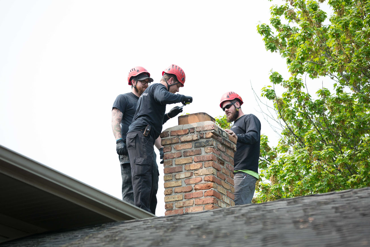 chimney-sweeps-minneapolis-mn.jpg
