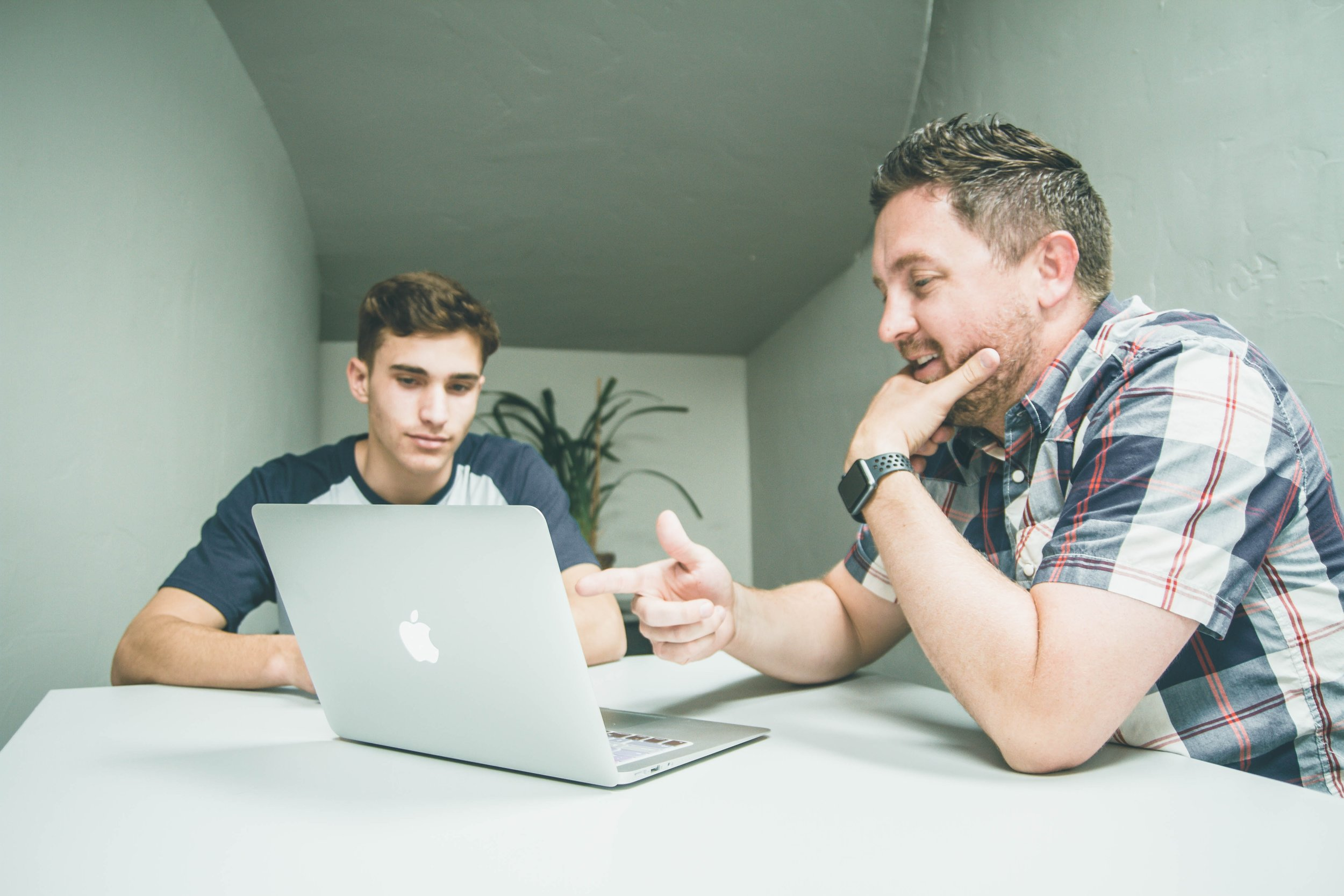Freelancers & Start-ups - We'll be recruiting a community of freelancers and start-ups who will be asked to commit between 1 day to 1 week of their time to work with a young person. We'll pair you with a young person that can match your desired work schedule and who is interested in learning more about your trade or has skills that might compliment yours.You and the young person will also be invited to work together from Works Social where you can meet others involved in the project.Apply now - deadline 16 September 2019