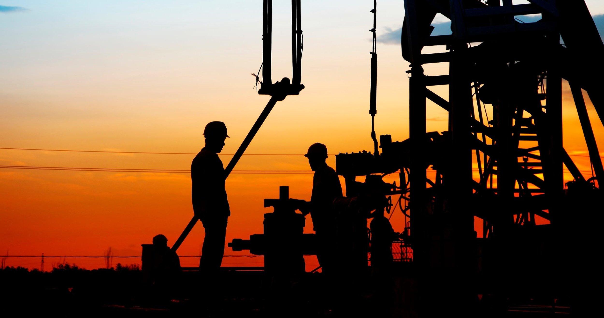 oil-contractors.jpg