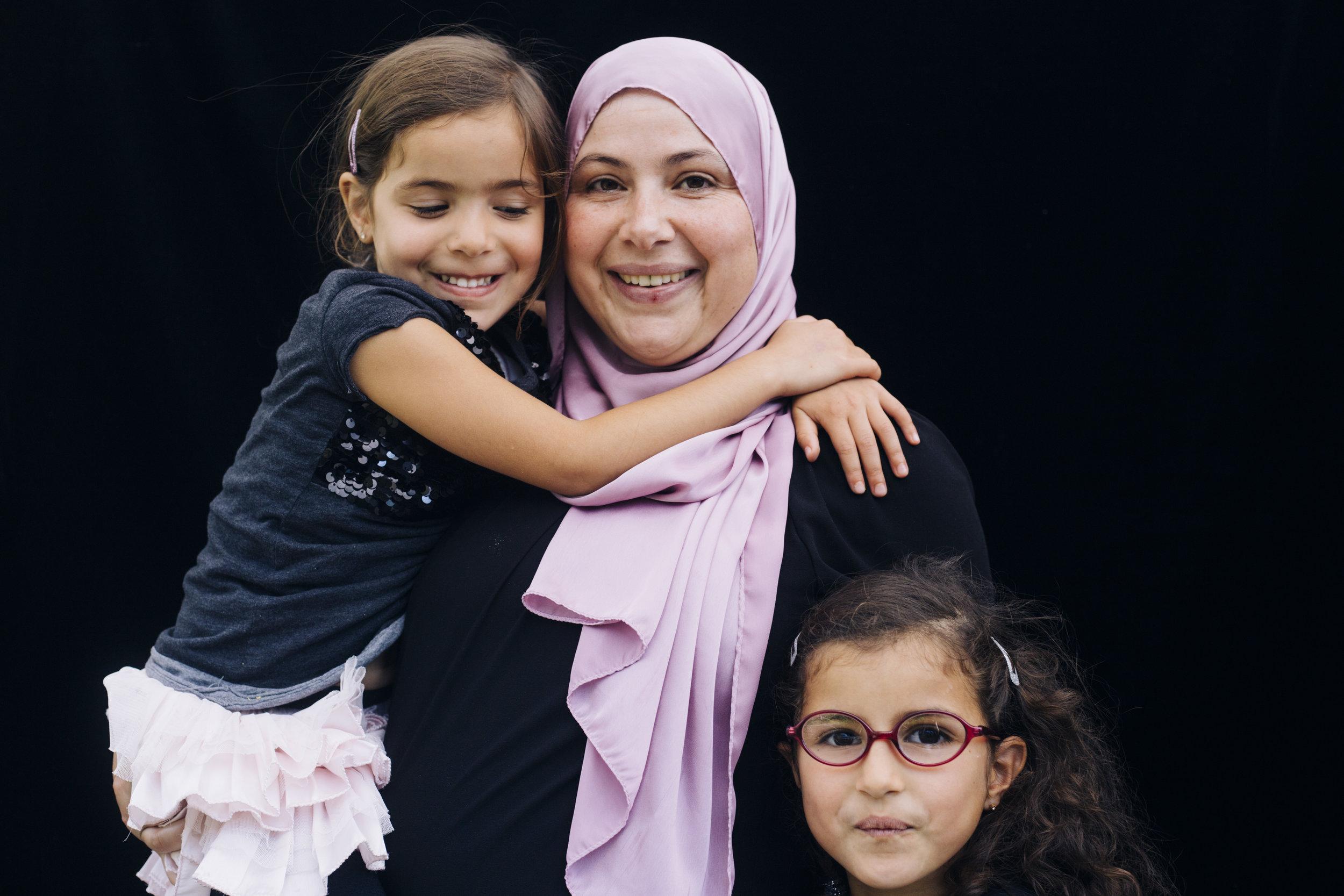 Rashida. Docent Spaans met twee van haar kinderen.