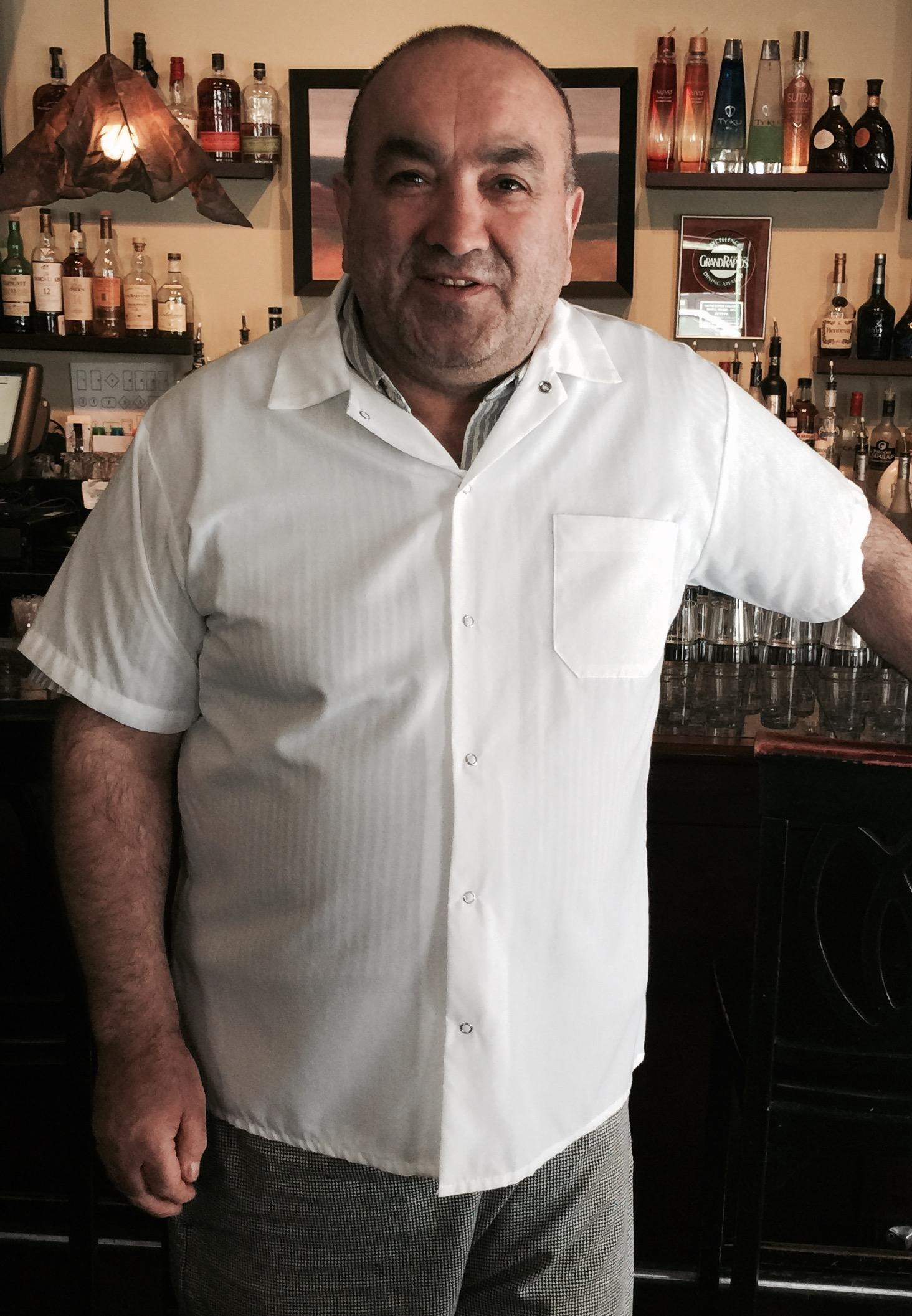 zeytin executive chef - ali tosun - Serving the Ada community since 2006