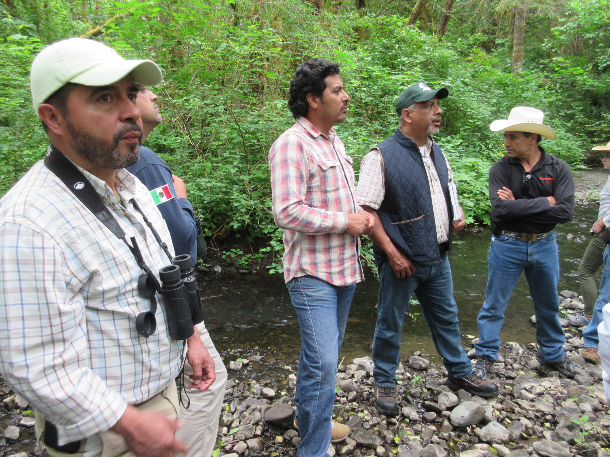 """""""At a time when the public relationship with Mexico is framed in terms of division and exclusion, a project that focuses on building collaborative relationships between conservation professionals from both countries is particularly meaningful.""""  -Allison Hensey, Director of the Willamette River Initiative."""