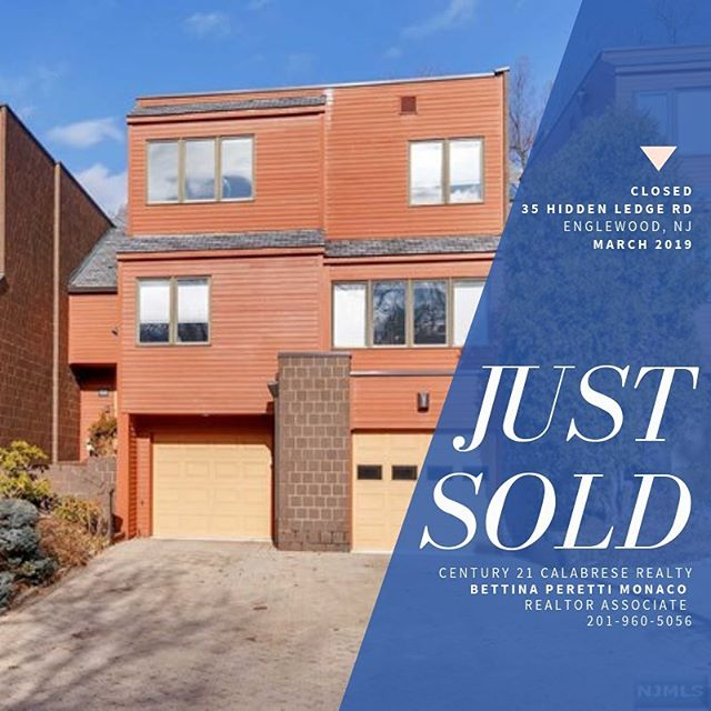 This lovely condo in Englewood was signed, sealed, and delivered right at the end of March- ready for that spring move in! It was a pleasure working with the buying agent on this deal, Alexandria Vlasenkova. One of the things I love about this industry is the team work between agents is always a deal at it's best. It's that sweet spot of making sure our clients come first- and working together to make it happen. ⁣⠀ .⁣⠀ .⁣⠀ .⁣⠀ ⁣⠀ #thankful #njrealestate #northjersey #bergencounty #hudsoncounty #passaiccounty #5staraward #realestate #englewood #newjersey #soldhome #newhome #condo # #justsold #realtor #nj #teamwork