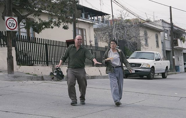 Pregnant movie star and hot dogs coming through. Foto: @tayo.yo  #STANDARDFANTASTICSTUDIOS #TijuanaCinema #16mmfilm #kodak_shootfilm #kodak #kodakdoublex #tijuana #AnaWhoTheyPulledOutoftheRiver