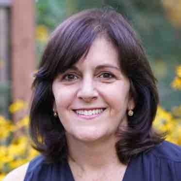Debbie SchwartzRoad2College -