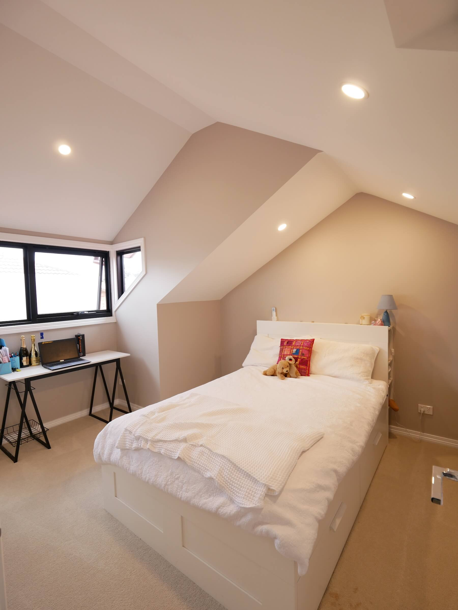bedroom in attic.JPG