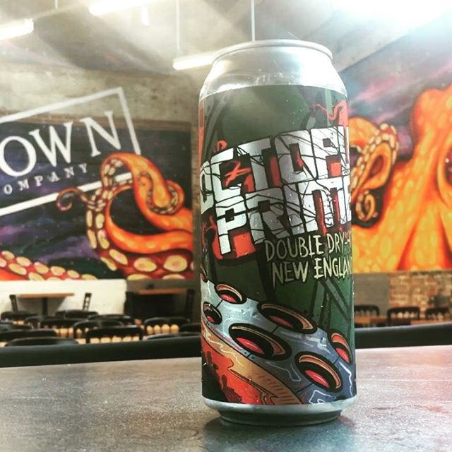 Happy to introduce another 16oz design for @mobtownbrewing This one is a double dry-hopped New England IPA. Can release this Friday in the tap room. 🤟🏼 #marylandcraftbeer