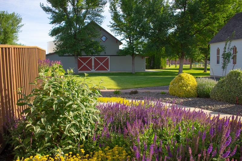 QVHSM-barn-1.jpg