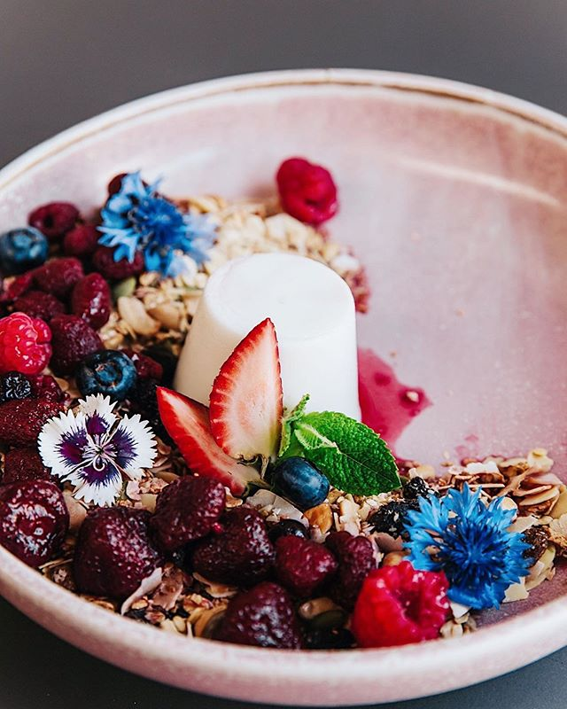 The vibrant colours of our brunch menu 💕 ⠀⠀⠀⠀⠀⠀⠀⠀⠀ Our beautiful Lime and Coconut Panna Cotta w/ macerated berries & our House-made Granola ~ definitely one to try this summer.