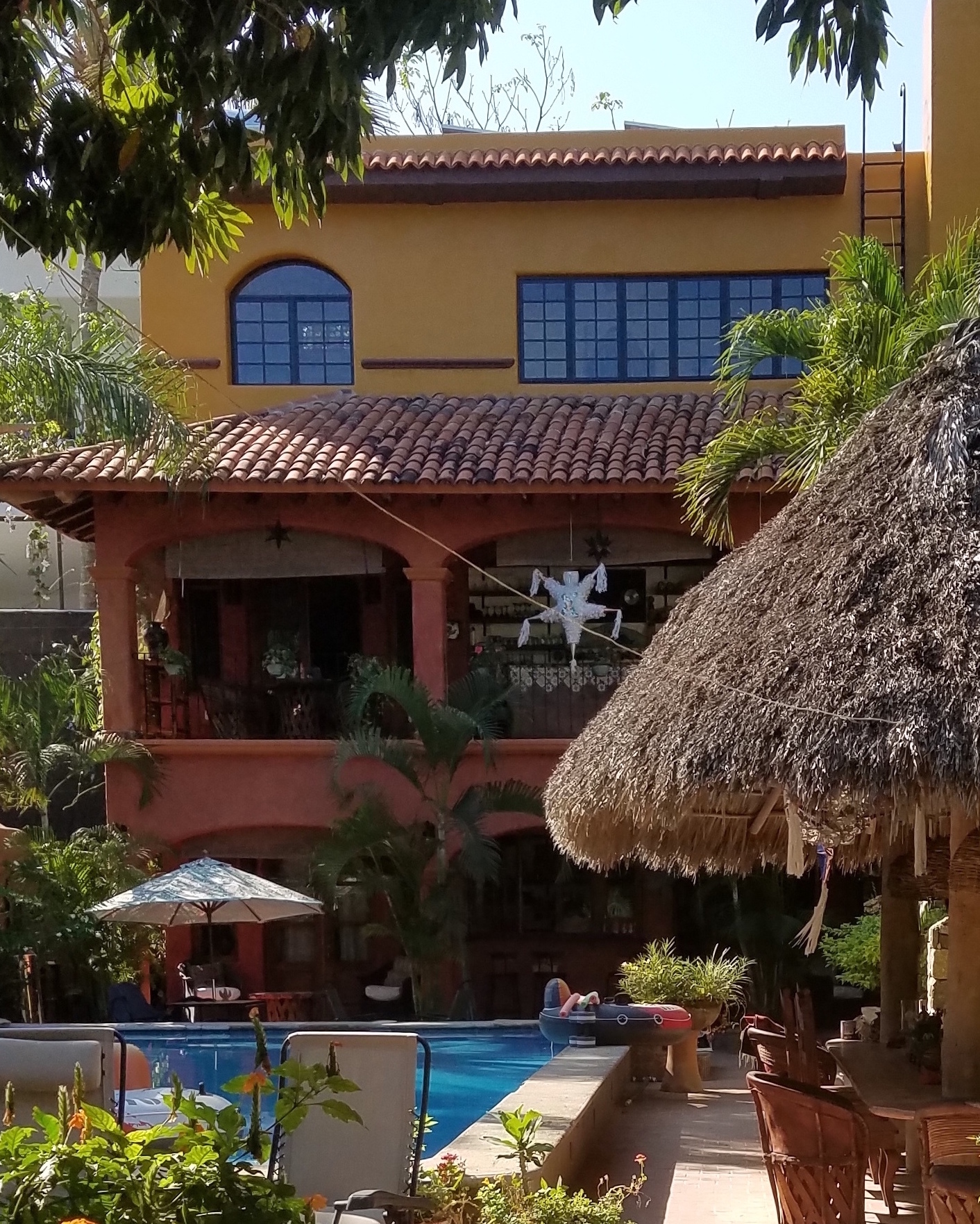 Casita Cielo Azul The Villa - 3 Story House5 Bedrooms4 Bathrooms2 Full Kitchens,, 1 Kitchenette,, 1 grill KitchenMultiple Dining Areas20' x 40' PoolSleeps 10+