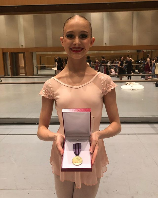 This August saw the @RoyalAcademyofDance host the Genée International Ballet Competition in Toronto, Canada, for the first time since 2008. Dancers aged 15-19 from all over the world competed for a coveted medal position in one of the most prestigious events on the international dance calendar. Australian talent shone once again on the world stage as homegrown dancers Mia Zanardo @mia.z_dance (pictured) and Paloma Hendry-Hodson @_paloma_hh took away gold and silver medals respectively. Dance Informa caught up with Zanardo and Hendry-Hodson to chat about their success, their experience at the Genée and what's up next for these two rising stars; catch it over at www.dancemagazine.com.au NOW!⠀⠀⠀⠀⠀⠀⠀⠀⠀ ⠀⠀⠀⠀⠀⠀⠀⠀⠀ repost @mia.z_dance⠀⠀⠀⠀⠀⠀⠀⠀⠀ ⠀⠀⠀⠀⠀⠀⠀⠀⠀ So incredibly honoured to have won the gold medal at the Genee International Ballet Competition 2019!! Thank you to my teachers, especially Hilary Kaplan, Archibald McKenzie and Wendy Gibbs who have helped me to achieve this! The experience has been amazing and I have made so many new friends. I'll cherish the memories forever!! Thanks to my family for your support and for allowing me to follow my dreams!! Congratulations to every competitor, finalist and medal winner- you are all so talented! Still can't believe it ❤️❤️⠀⠀⠀⠀⠀⠀⠀⠀⠀ ⠀⠀⠀⠀⠀⠀⠀⠀⠀ #ballerina #ballet #genee #royalacademyofdance #rad #geneeawards2019 #genee2019 #medals #australia #dancer #danceinforma