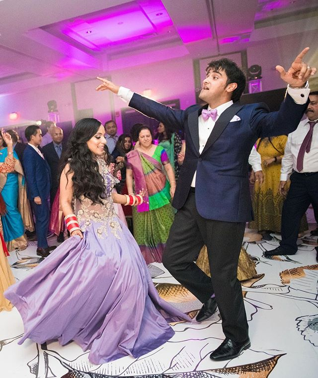 Neha & Kashyap killin' it on the dance floor! 📸 - @muskaanvideo  Decor - @lovedecor.us  Planning - @firgunevents . . . . . . . . . . . . . #bostonweddings #bostonmakeupartist #indiandj #bostondj #hiltonwoburn #indianwedding #indianweddingboston #bostonindianwedding #bostonweddingphotographer #bostonwedding #bostonweddingplanner #bostonweddingvenue #bostondj #bostondjs #indianweddingdj #indianweddingdecor #uplighting #monogram #weddinglighting #bostonweddinglighting #indiandjboston #hiltonwoburn