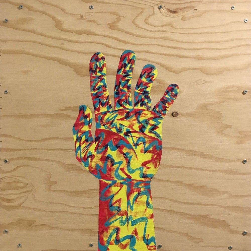 Hand+Straight+Up+1x1.jpg