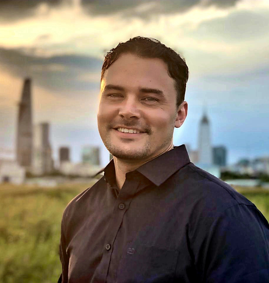 Chase Conrad - Based in Ho Chi Minh City, Vietnam, Chase Conrad is a counselor with over eight years of clinical experience.He has worked as a psychologist in three different countries and has extensive experience with individuals from all over the world.Learn More