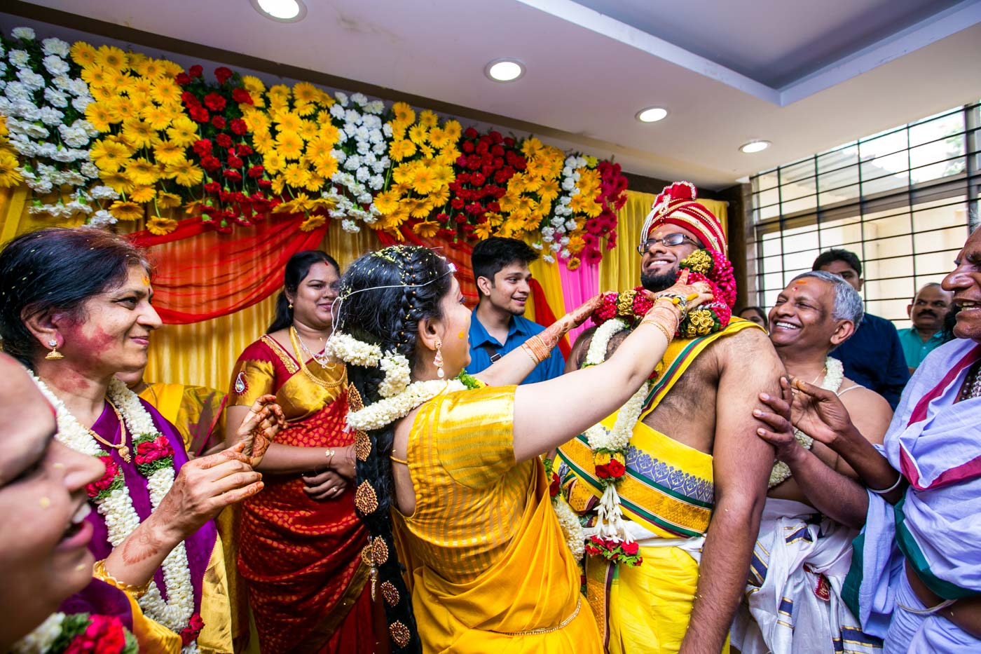 Best_fun_outdoor_Wedding_Photographer_Bangalore-35.jpg