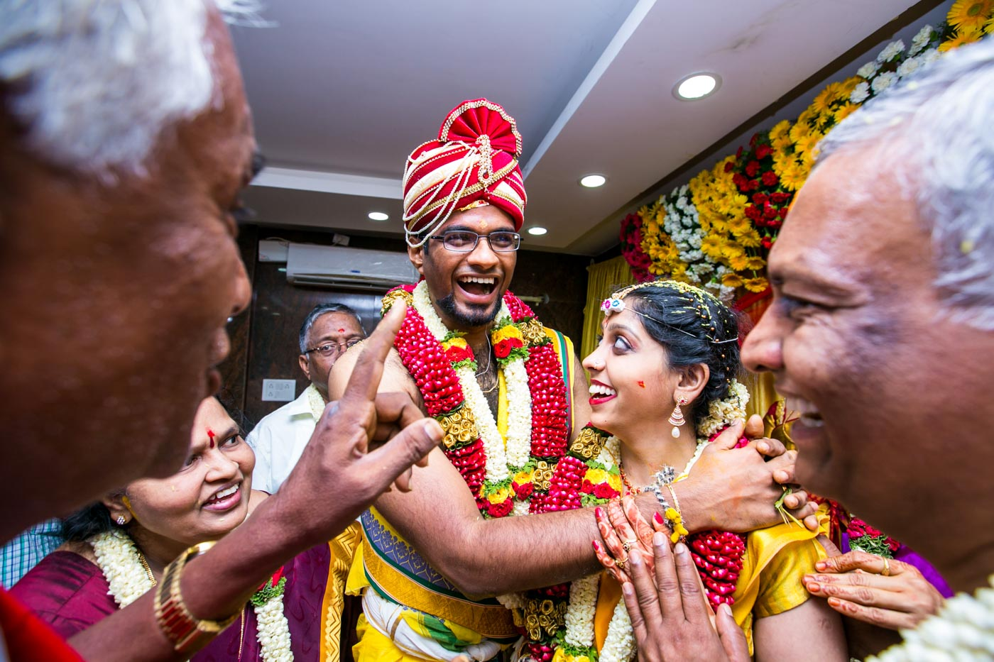 Best_fun_outdoor_Wedding_Photographer_Bangalore-42.jpg