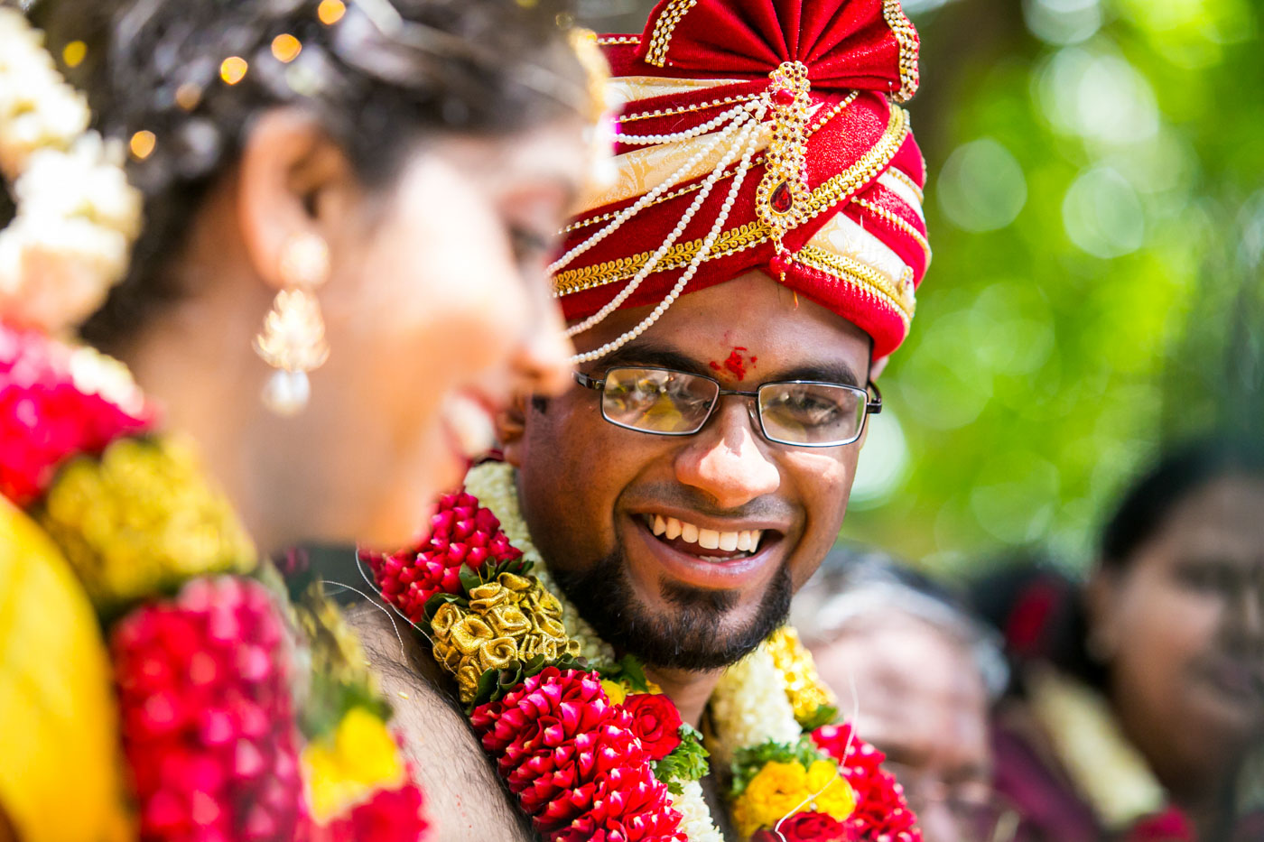 Best_fun_outdoor_Wedding_Photographer_Bangalore-58.jpg