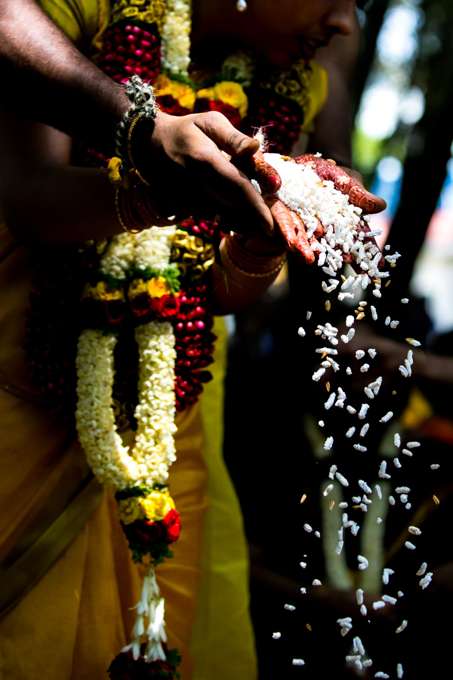 Best_fun_outdoor_Wedding_Photographer_Bangalore-64.jpg