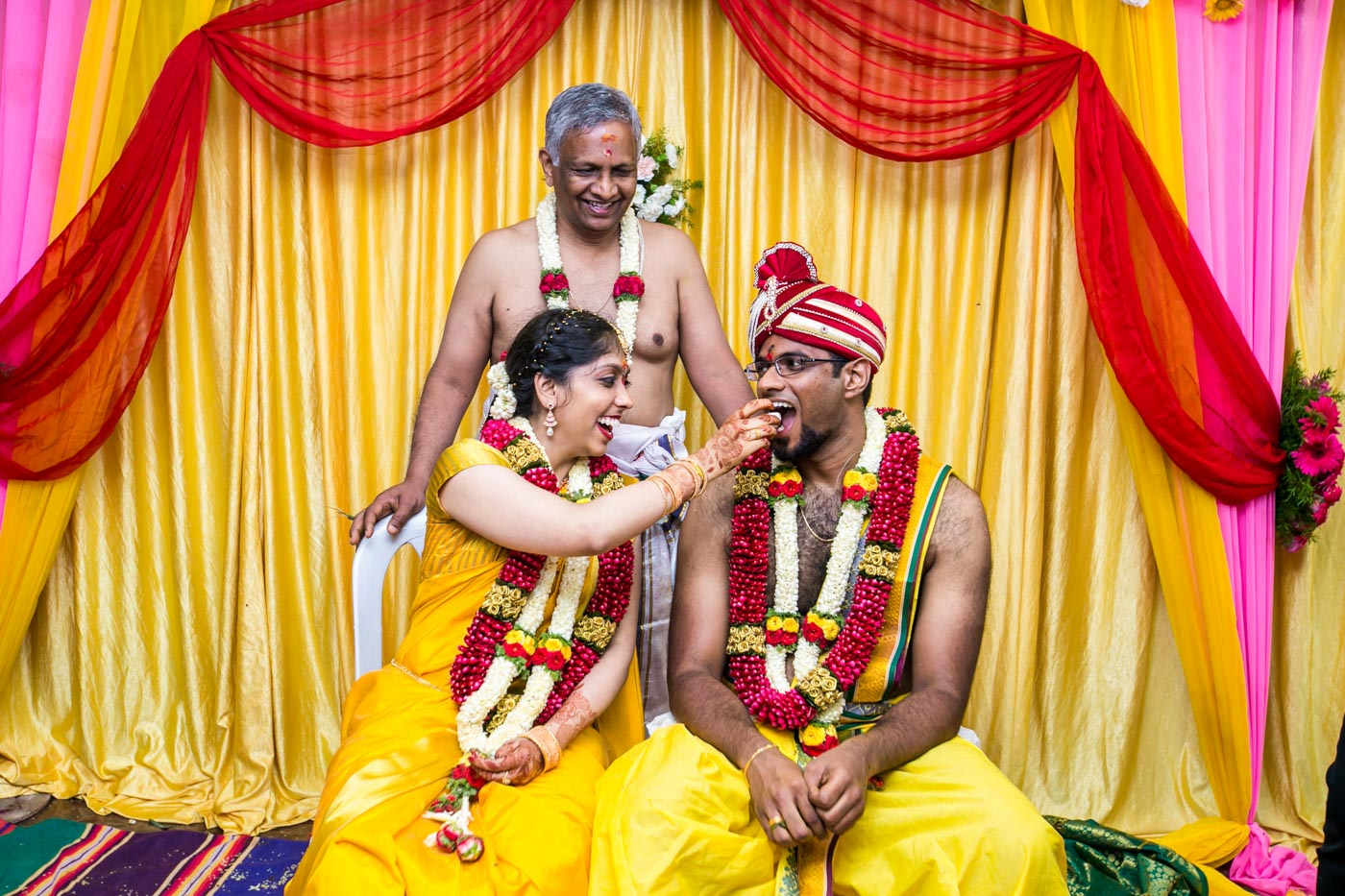Best_fun_outdoor_Wedding_Photographer_Bangalore-71.jpg