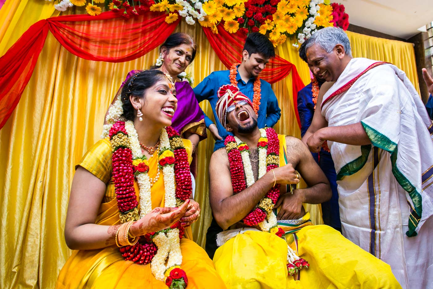 Best_fun_outdoor_Wedding_Photographer_Bangalore-73.jpg