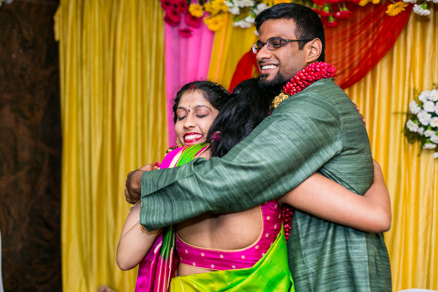 Best_fun_outdoor_Wedding_Photographer_Bangalore-75.jpg