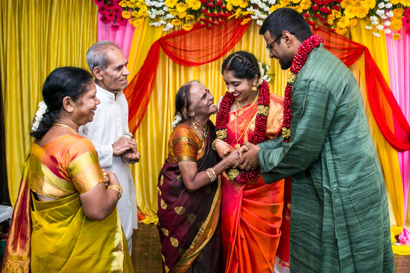 Best_fun_outdoor_Wedding_Photographer_Bangalore-77.jpg