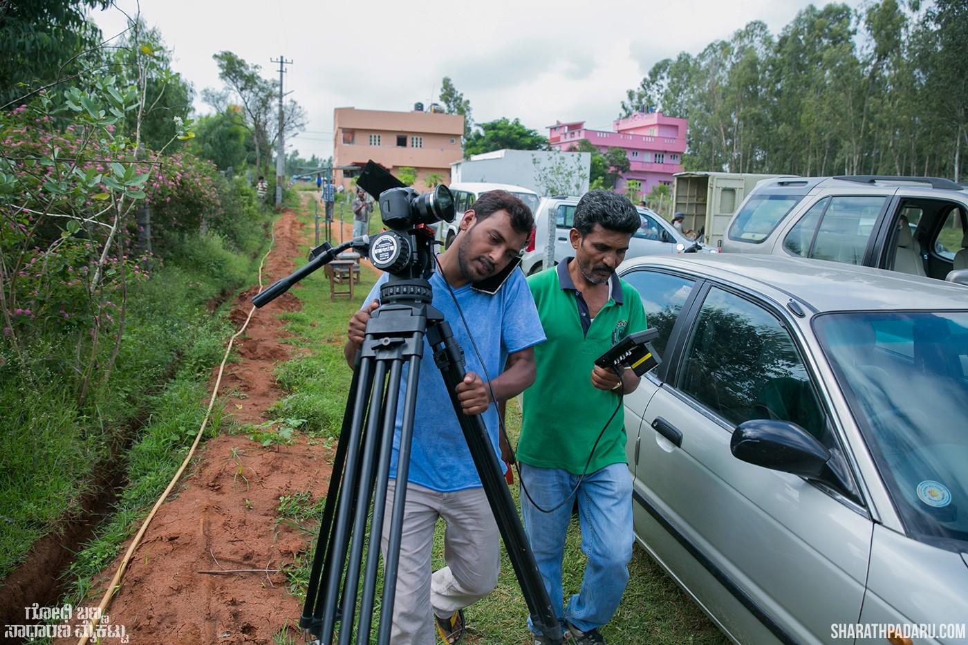 Godhi-Banna-Sadharana-Mykattu-movie-stills-photography-sharath-padaru (59).jpg