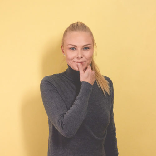 Kathrine Dahl Nielsen  Creative Artworker   kadn@everland.dk  +45 70 50 00 30