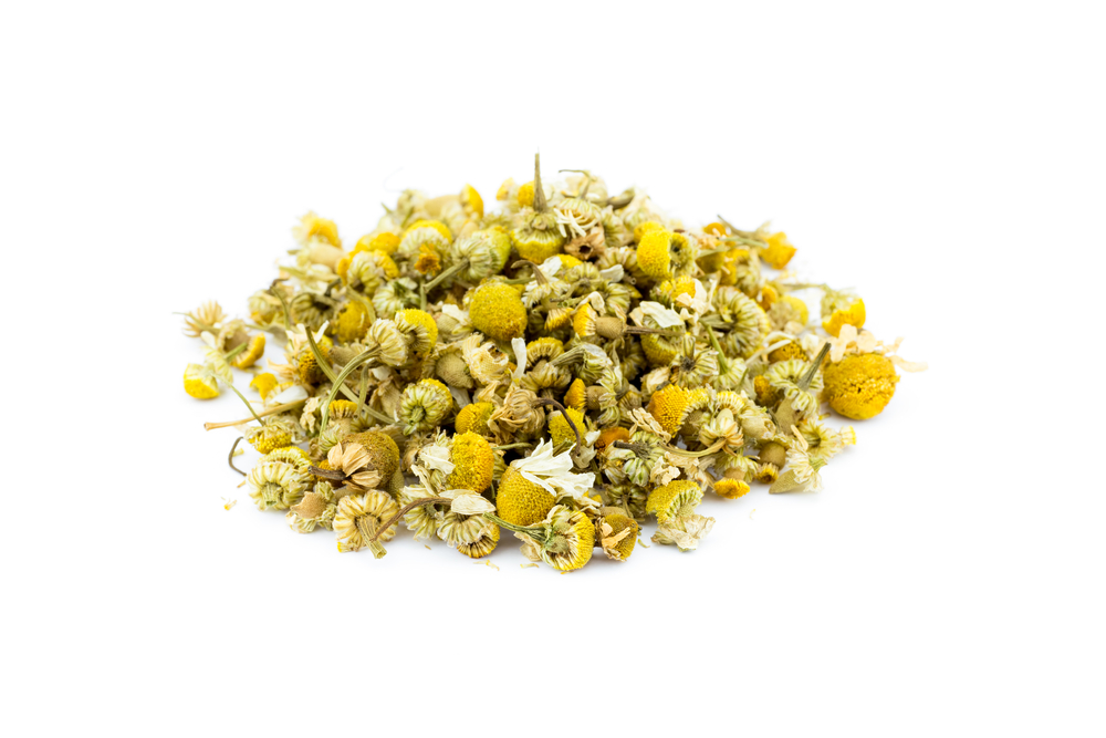 Chamomile - Anti-inflammatory properties reduce puffinessHydrates and protects delicate skin