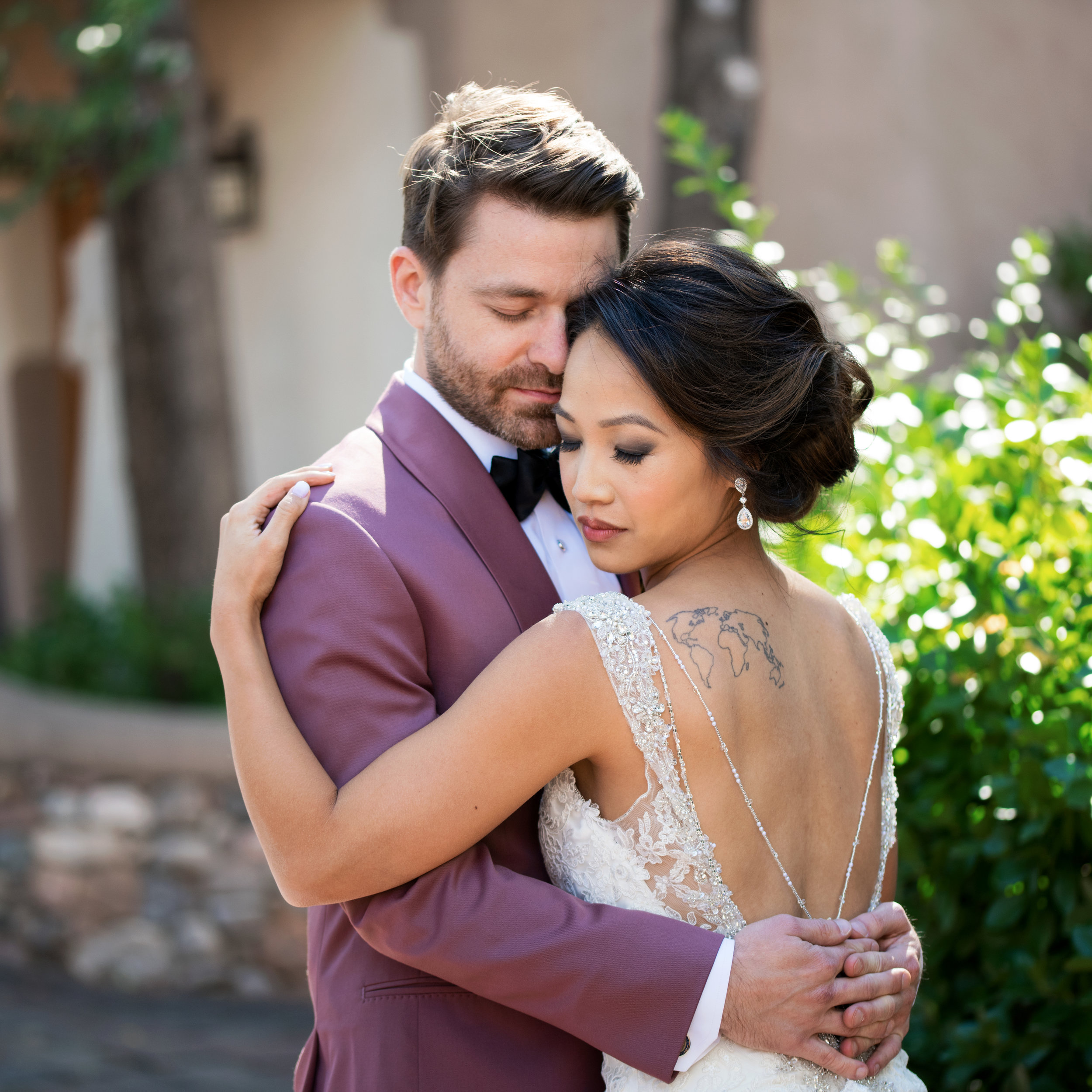 santa_fe_wedding_photographer_photography_photographers_in_santa_fe_nm_new_mexico_destination_wedding_canyon_road_2_square_2.jpg