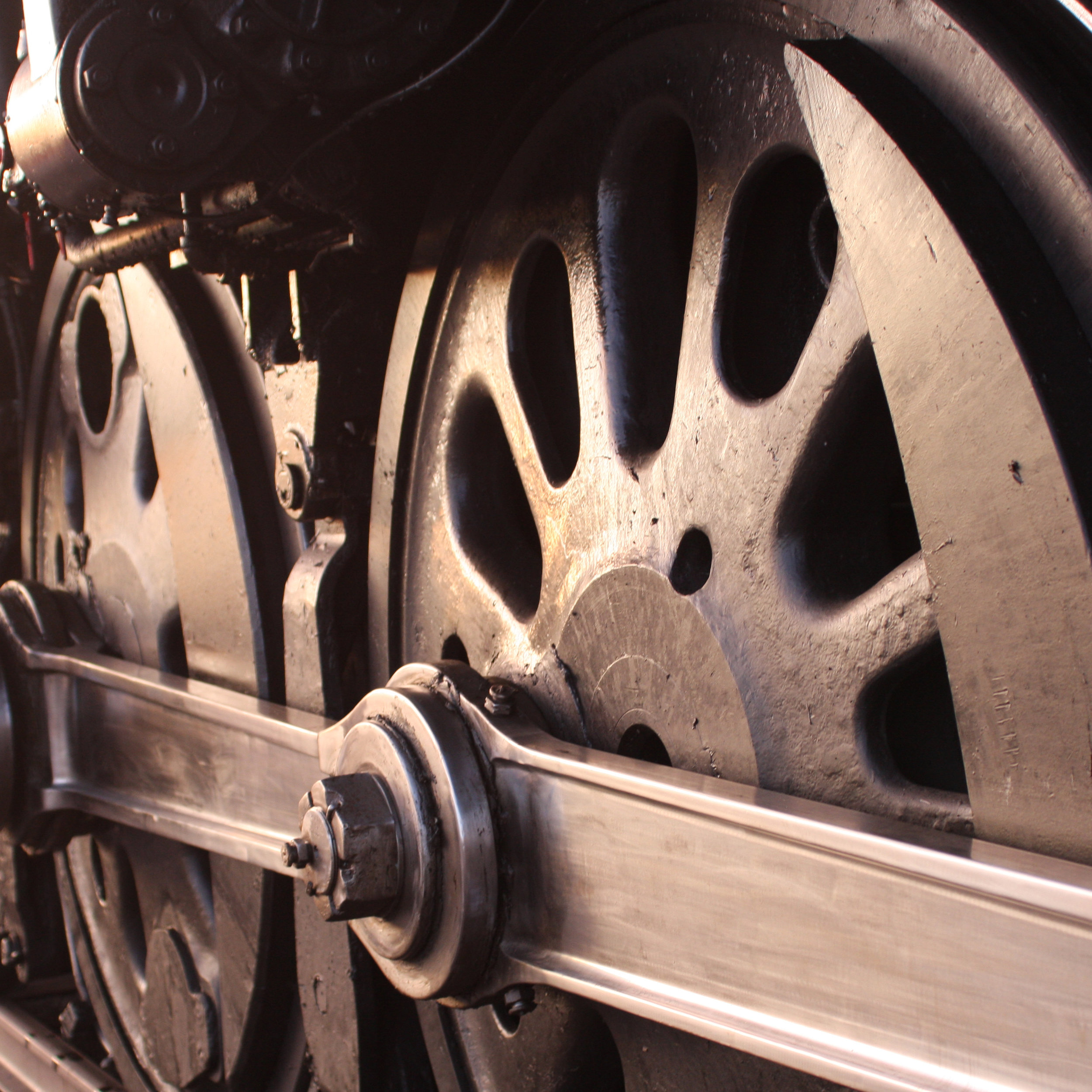 Heritage Steam Engines - Feast your eyes on the newly-restored UP No. 4014